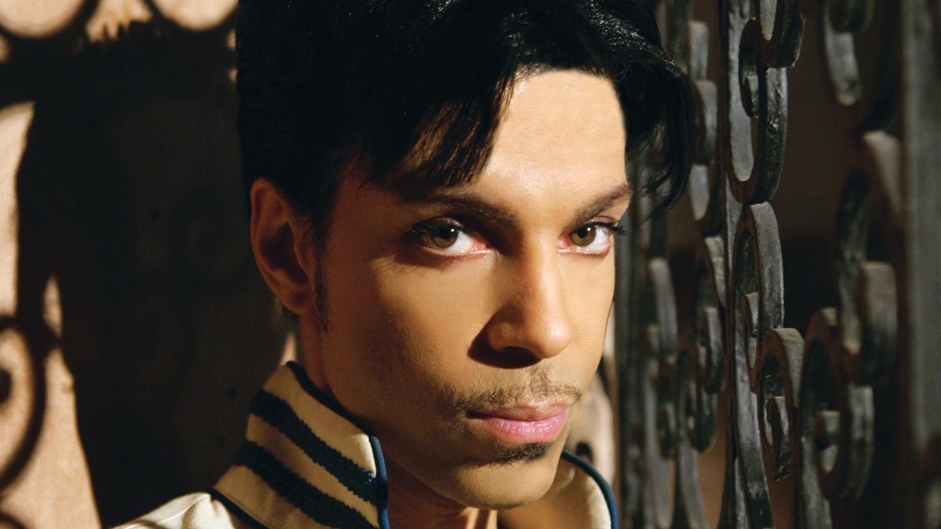 Április 16. – Évfordulós No.1 dal Prince-től!