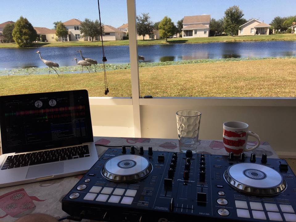 DJ Forest (Luxfunk DJ ) @ Florida