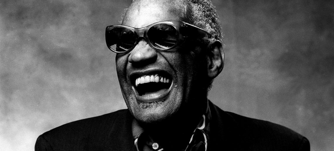 November 14. – No.1 lett Ray Charles Georgia On My Mind című dala!