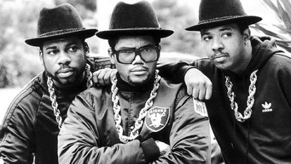 November 14. – Szülinapos Joseph 'Run' Simmons, a Run-DMC-ből!