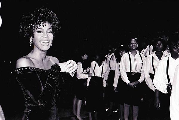Február 23. – Whitney No.1 az USA-ban