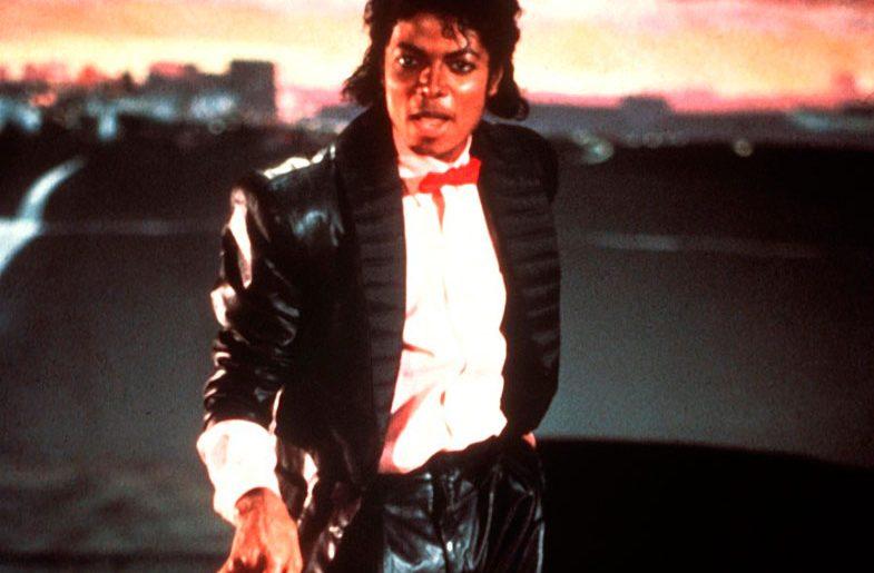 Március 5. – Hasít a Billie Jean az USA-ban!