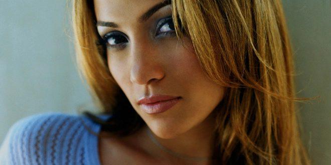 Július 24. – Jennifer Lopez születésnapja
