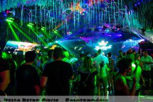 luxfunk-radio-funky-party_200807_delta retro-music-factory_076