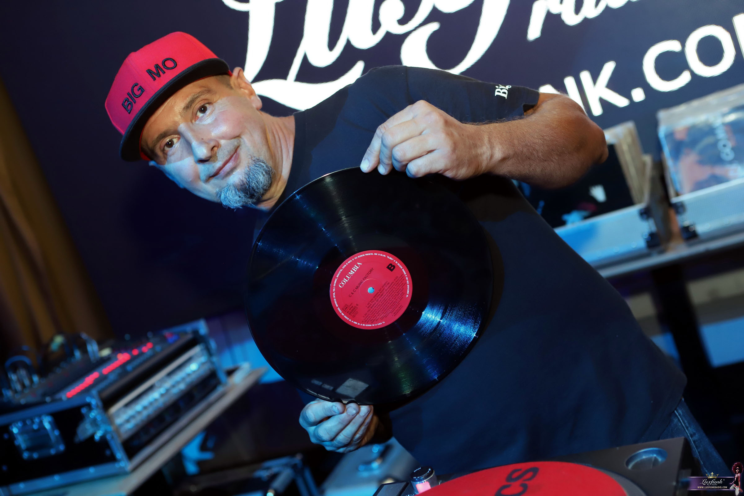 luxfunk-radio-funky-party-200912-symbol-budapest_13
