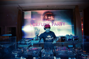 luxfunk-radio-funky-party-200912-symbol-budapest_43