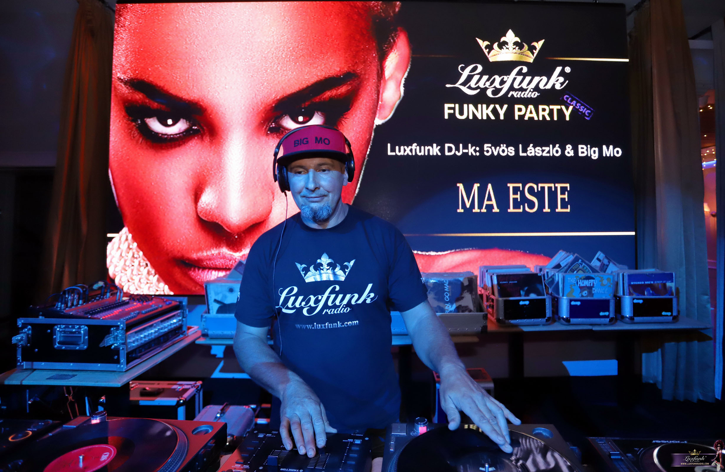 luxfunk-radio-funky-party-200912-symbol-budapest_44