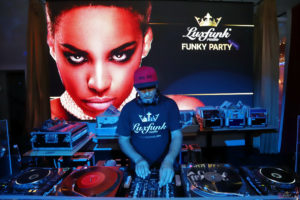 luxfunk-radio-funky-party-200912-symbol-budapest_45